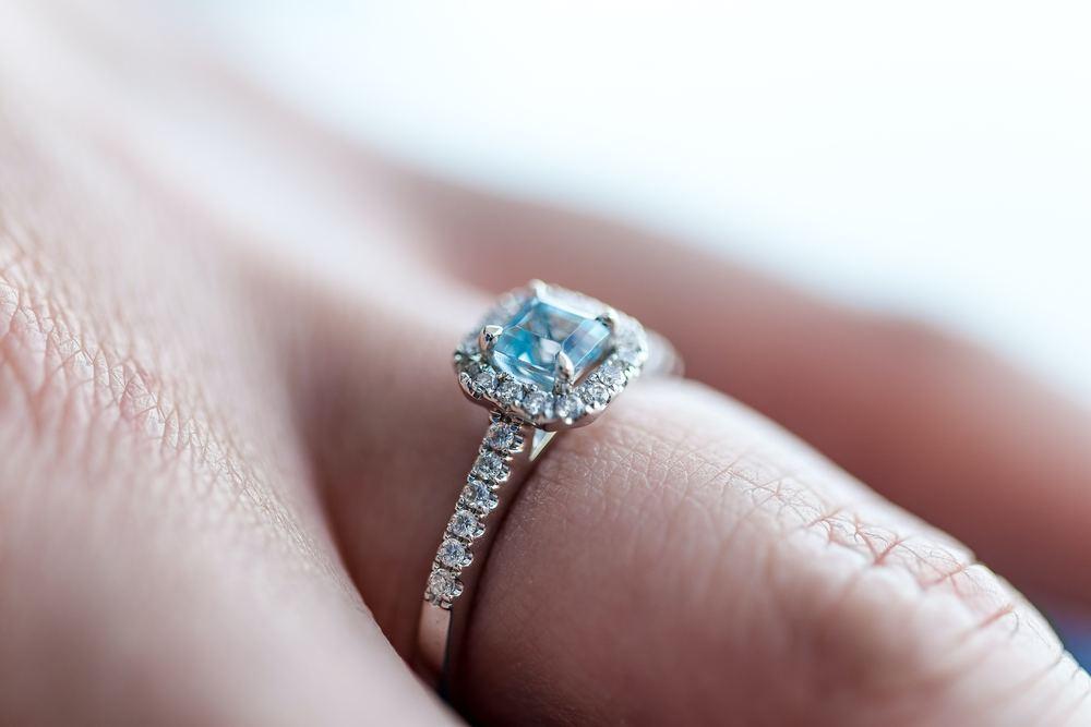 Hvordan vurderes en diamants værdi